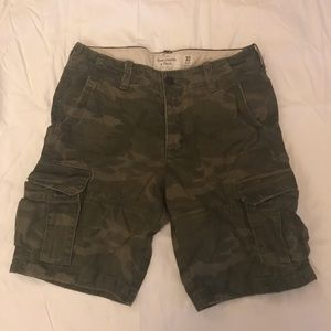 Abercrombie & Fitch camo cargo shorts